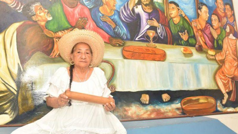 La maestra Julia Estrada es de origen nariñense, pero desde hace 60 años vive en Buenaventura. Foto: Cortesía Festival Petronio Álvarez
